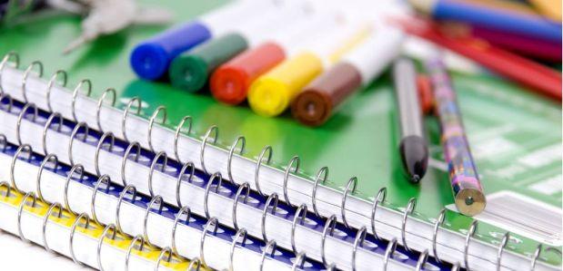 Wyprawka szkolna. Co potrzebuje Twoje dziecko oprócz podręczników?