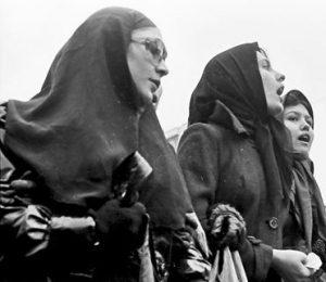 iranian_revolution_women