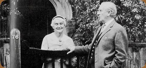 J.R.R. Tolkien z żoną