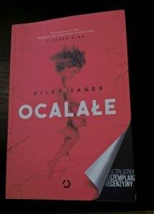 Recenzja książki Ocalałe - sprawdź na TaniaKsiazka.pl
