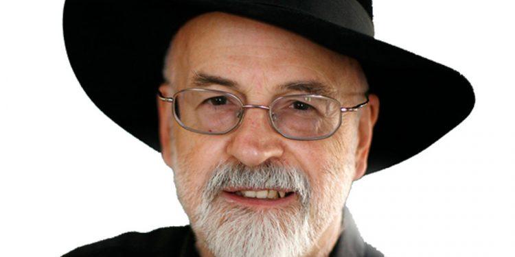 Terry Pratchett - sprawdź na TaniaKsiazka.pl
