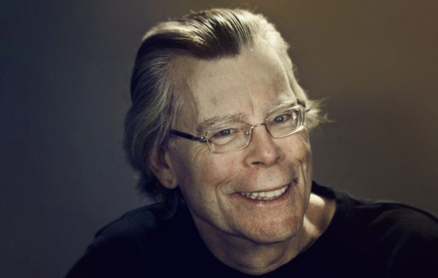 Stephen King - zobacz na TaniaKsiazka.pl
