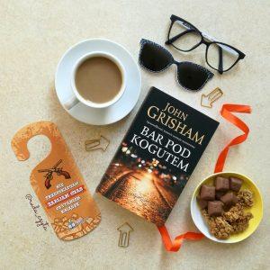 Recenzja książki Bar Pod Kogutem - kup książkę na www.taniaksiazka.pl