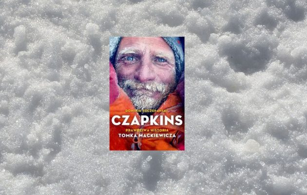 Czapkins. Prawdziwa historia Tomka Mackiewicza - kup na TaniaKsiazka.pl