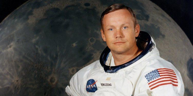 Biografia Neila Armstronga. Książka i film wkrótce. Sprawdź w TaniaKsiazka.pl >>