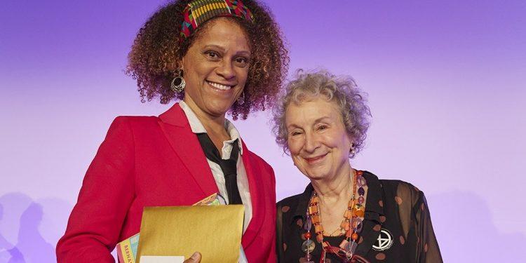 Nagroda Bookera 2019 dla Margaret Atwood i Bernardine Evaristo