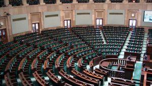 Książki polityczne - sprawdź na TaniaKsiazka.pl