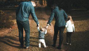 Najciekawsze poradniki dla rodziców