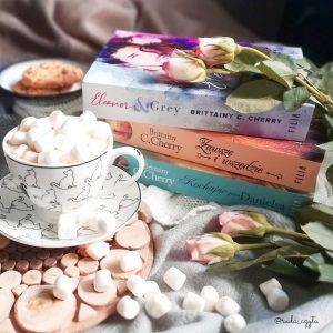 Eleanor & Grey - kup książkę na www.taniaksiazka.pl >>