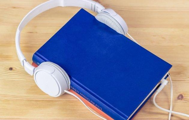 Weź w drogę audiobooka - sprawdź na TaniaKsiazka.pl
