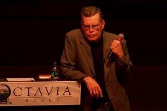Stephen King zmienia fabułę swojej książki