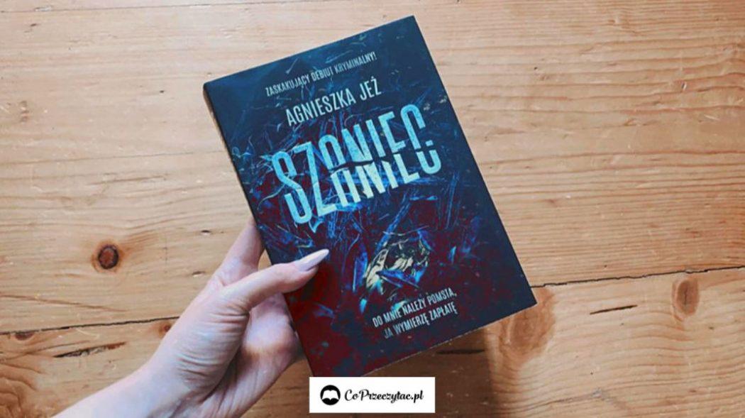 Recenzja książki Szaniec – szukajcie jej na TaniaKsiazka.pl