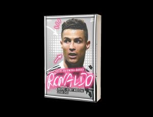 Ronaldo. Chłopiec, który wiedział, czego chce Sprawdź na TaniaKsiazka.pl >>