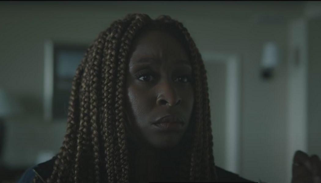 Cynthia Erivo jako Holly Gibney   kadr z serialu Outsider
